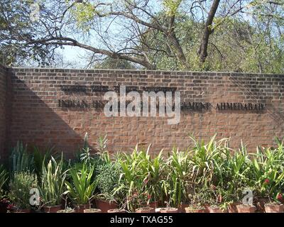 'English: Entrance gate to the Indian Institute of Management, Ahmedabad, Gujarat, India. Photograph taken December 2005 by SK Desai.; 5 January 2006 (original upload date); Own work by the original uploader; User:L1CENSET0K1LL; ' - Stock Photo