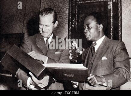 Prince Phillip (Duke of Edinburgh) with President Kwame Nkrumah of Ghana in London 1960 - Stock Photo