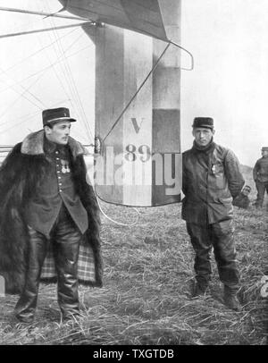 Flight-Sergeant Frantz and his mechanic Guenault who, on 5 October 1914 shot down a German Aviatik from their Voisin biplane First aerial victory - Stock Photo
