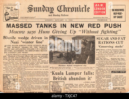 1942 front page  Sunday Chronicle Russian Tanks advance near Moscow and Kuala Lumpur falls to Japanese Forces - Stock Photo