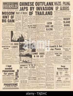 1942 front page Daily Herald Chinese Troops enter Thailand - Stock Photo
