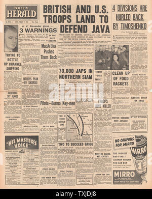 1942 front page Daily Herald Allied Forces defend Java - Stock Photo