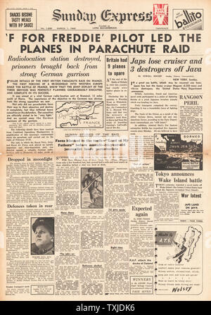 1942 front page  Sunday Express British Paratroopers raid France - Stock Photo