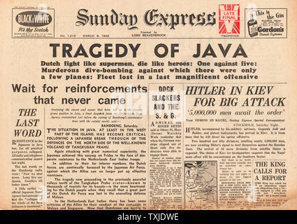 1942 front page  Sunday Express Battle for Java - Stock Photo