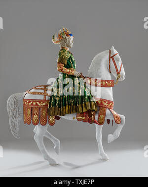 King mannequin on horseback wearing paper costume by Isabelle de Borchgrave - Stock Photo