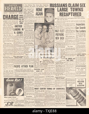 1942 front page Daily Herald Russian Forces advance on Eastern Front - Stock Photo