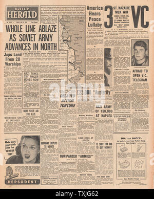 1942 front page Daily Herald Russian Army advance along entire Eastern Front, Executions in Norway and VC's awarded for St Nazaire Commando Raid - Stock Photo