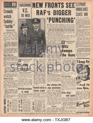 1942 back page  Daily Mirror Engagement of John Nettleton VC to Betty Isobel Havelock - Stock Photo