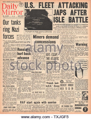 1942 front page Daily Mirror Battle of Midway - Stock Photo