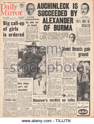 1942 front page  Daily Mirror Second Front Plans agreed by Churchill and Stalin and Battle for Stalingrad - Stock Photo