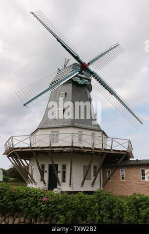 Historische Windmühle auf der Nordseeinsel Föhr - Stock Photo