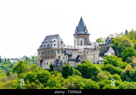 Castle in Bacharach am Rhein. Beautiful Postcard view. Middle Rhine River, (Rhein fluss, Mittelrhein). Rhineland-Palatinate (Rheinland-Pfalz), Germany - Stock Photo