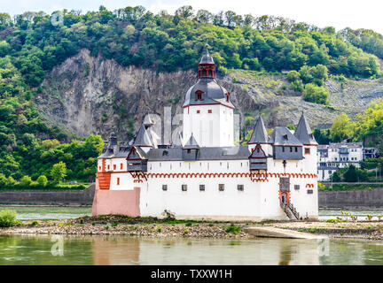 Castle Burg Rheinstein and Reichenstein, Upper Middle Rhine river valley (Mittelrhein), vineyards near Rudesheim am Rhein, Assmannshausen  Germany - Stock Photo