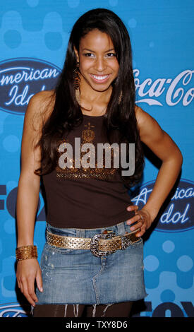 Contestant Lisa Tucker, 16, of Anaheim, Ca. arrives at the party for the 12 finalists of the television show 'American Idol' at the Pacific Design Center in Los Angeles, California on March 9, 2006. The fifth season of 'American Idol' began on January 17, 2006 and will end on May 24. (UPI - Stock Photo