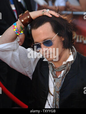 Cast member Johnny Depp arrives for the premiere of 'Pirates of the Caribbean: At World's End', at Disneyland in Anaheim, California on May 19, 2007.  (UPI Photo/Jim Ruymen) - Stock Photo