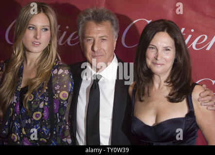 Actor Dustin Hoffman, his daughter Alexandra and his wife Lisa attend the 20th annual Palm Springs International Film Festival Awards gala in Palm Springs, California on January 6, 2009.  (UPI Photo/Hector Mata) - Stock Photo