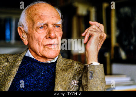 Portrait of Malcolm Muggeridge at his home, Author, journalist, satirist, broadcaster, vegetarian, editor of Punch magazine. A spy for the British dur - Stock Photo