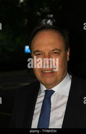 NIGEL DODDS DUP MP PHOTOGRAPHED IN WESTMINSTER, LONDON, UK ON 26TH JUNE 2019. BRITISH POLITICIANS. UK POLITICS. IRISH POLITICIANS. DEMOCRATIC UNIONIST PARTY. UNIONIST POLITICIANS. NORTHERN IRELAND ASSEMBLY. BELFAST. - Stock Photo
