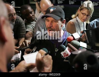 Arizona Diamondbacks  manager Bob Brenley talks to the press  prior to the game with the San Francisco Giants Monday, May 31, 2004.      UPI Photo/Will Powers - Stock Photo