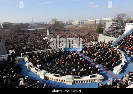 Barack Obama delivers his Inaugural Address after he was sworn in as the 44th President of the United States of America during his Inauguration Ceremony on Capitol Hill in Washington on January 20, 2009.    UPI/Roger L. Wollenberg - Stock Photo