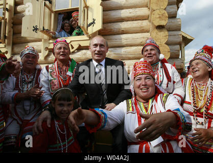Russian President Vladimir Putin attends a festival celebrating Finno-Ugric culture in Saransk, 630 km (400 miles) southeast of Moscow on July 19, 2007. (UPI Photo/Anatoli Zhdanov) - Stock Photo