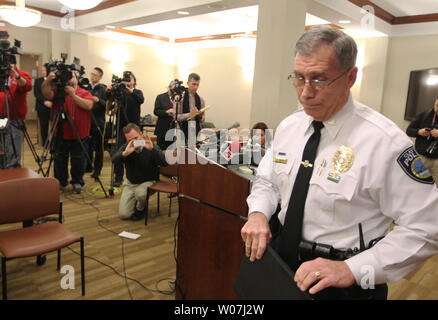 Clayton, Missouri Police Chief Kevin Murphy leaves a press conference after discussing the apparent sucide of Missouri State Auditor Tom Schweich in Clayton, Missouri on February 26, 2015. Schweich, (54) who is a Republican, died from an apparent self inflicted gunshot wound earlier in the day. He announced in January that he was seeking the Republican nomination for Governor in 2016. Photo by Bill Greenblatt/UPI - Stock Photo