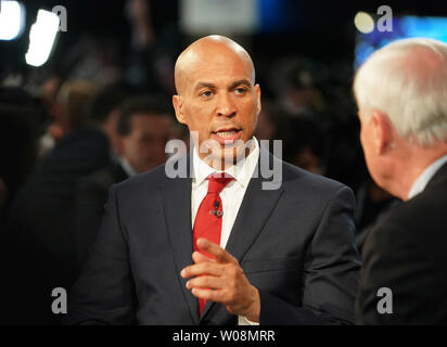 Washington, DC, USA. 27th June, 2019. Senator Cory Booker of New Jersey is interviewed after Democratic Party's first primary debate in Miami, Florida, the United States, on June 26, 2019. Ten Democratic contenders for the 2020 U.S. presidency took the stage in Miami on Wednesday night for the party's first primary debate, a two-night event scheduled to be attended by 10 others on Thursday. Credit: Xinhua/Alamy Live News - Stock Photo
