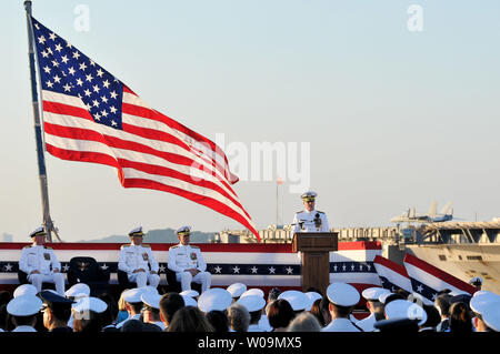 l450v alamy com/450v/w09mx5/admiral-patrick-m-wals