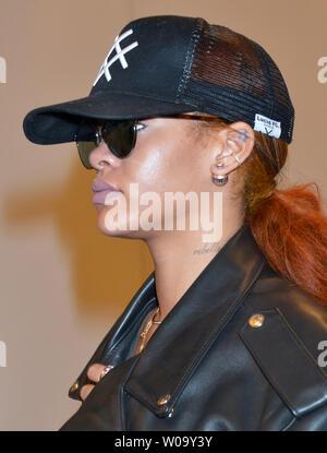 72e6fe5c3 ... Singer Rihanna arrives at Narita International Airport in Chiba, Japan  on June 15, 2015