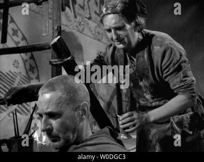 LE SEPTIEME SCEAU LE 7eme SCEAU DET SJUNDE INSEGLET 1957 de Ingmar Bergman Gunnar Bjornstrand Gunnar Olsson. d'apres la piece de Ingmar Bergman based - Stock Photo