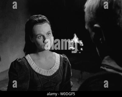 LE SEPTIEME SCEAU LE 7eme SCEAU DET SJUNDE INSEGLET 1957 de Ingmar Bergman Inga Landgre. d'apres la piece de Ingmar Bergman based on the play by Ingma - Stock Photo