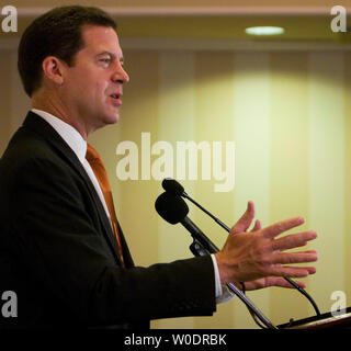 Sen. Sam Brownback (R-KS) speaks at the College Republican National Convention in Arlington, Virginia on July 13, 2007.  (UPI Photo/David Brody) - Stock Photo