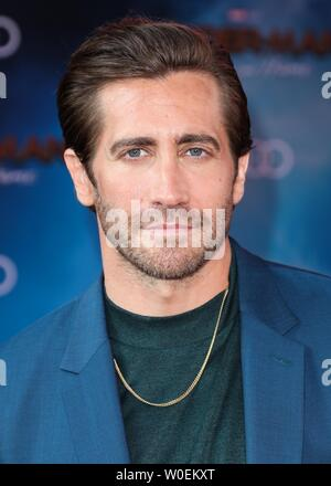 Hollywood, United States. 26th June, 2019. HOLLYWOOD, LOS ANGELES, CALIFORNIA, USA - JUNE 26: Jake Gyllenhaal arrives at the Premiere Of Sony Pictures' 'Spider-Man Far From Home' held at the TCL Chinese Theatre IMAX on June 26, 2019 in Hollywood, Los Angeles, California, United States. (Photo by David Acosta/Image Press Agency) Credit: Image Press Agency/Alamy Live News - Stock Photo