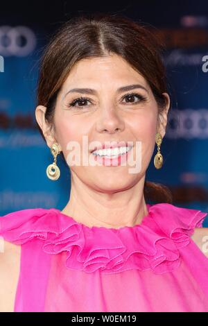 Hollywood, United States. 26th June, 2019. HOLLYWOOD, LOS ANGELES, CALIFORNIA, USA - JUNE 26: Actress Marisa Tomei wearing Valentino arrives at the Premiere Of Sony Pictures' 'Spider-Man Far From Home' held at the TCL Chinese Theatre IMAX on June 26, 2019 in Hollywood, Los Angeles, California, United States. (Photo by David Acosta/Image Press Agency) Credit: Image Press Agency/Alamy Live News - Stock Photo