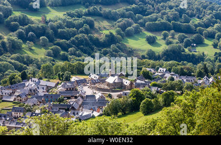 France, Hautes-Pyrénées, The Azet village seen from the Col de Val Louron-Azet - Stock Photo