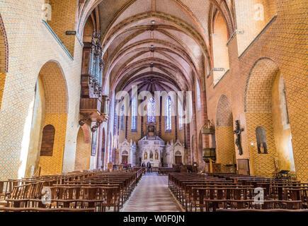 France, Tarn-et-Garonne, Saint Pierre de Moissac abbey (Saint James way), nave - Stock Photo