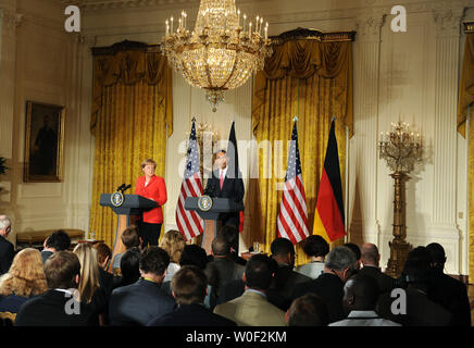 U.S. President Barack Obama (R) and German Chancellor Angela Merkel hold a joint press availability at the White House in Washington on June 26, 2009. (UPI Photo/Kevin Dietsch) - Stock Photo