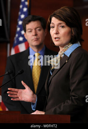 Rep. Cathy McMorris Rodgers (R-WA) (R) speaks alongside Sen. Sam Brownback (R-KS) on the health care reform bill and the possibility that the bill could provide public funding for abortions, in Washington on March 18, 2010.  UPI/Kevin Dietsch - Stock Photo