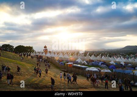 Pilton, Somerset, UK. 26th June, 2019. Glastonbury, UK. Wednesday, 26 June, 2019. Views of the 2019 Glastonbury Festival. Credit: Roger Garfield/Alamy Live News - Stock Photo