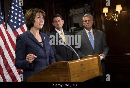 Rep. Cathy McMorris Rodgers, R-WA, speaks to reporters following a House Republican caucus meeting, on Capitol Hill in Washington, D.C. on September 26, 2017. Photo by Kevin Dietsch/UPI - Stock Photo