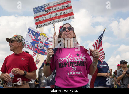 Pro-trump supporters rally on the National Mall during the 'Mother of All Rallies' event in Washington, DC on September 16, 2017. The event was held to show support for President Trump and his agenda. Photo by Erin Schaff/UPI - Stock Photo