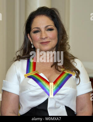 Gloria Estefan, one of he five recipients of the 40th Annual Kennedy Center Honors pose for a group photo following a dinner hosted by United States Secretary of State Rex Tillerson in their honor at the US Department of State in Washington, D.C. on Saturday, December 2, 2017.  From left to right back row: LL Cool J and Lionel Richie  Front row, left to right: Carmen de Lavallade, Norman Lear and Gloria Estefan.  The 2017 honorees are: American dancer and choreographer Carmen de Lavallade; Cuban American singer-songwriter and actress Gloria Estefan; American hip hop artist and entertainment ic - Stock Photo