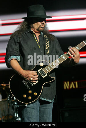 Gary Rossington with Lynyrd Skynyrd performs in concert at the Cruzan Amphitheater in West Palm Beach, Florida on June 10, 2010. UPI/Michael Bush - Stock Photo