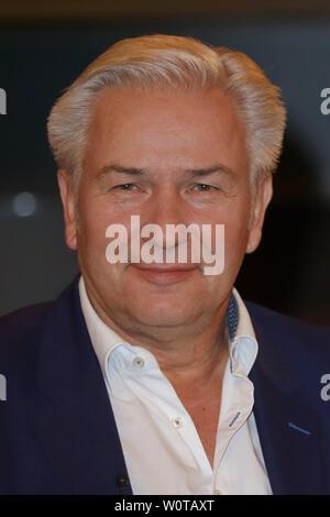 Klaus Wowereit (Politiker), Markus Lanz Talkshow Sendung 2 vom 09.05.2018 aus dem Studio Stahltwiete, Hamburg, 09.05.2018 - Stock Photo