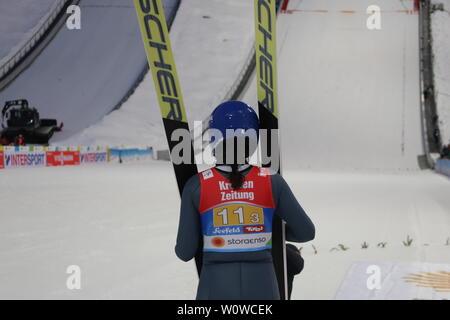 Carina Vogt (SC Degenfeld) nach ihrem zweiten Sprung beim Teamspringen Frauen, FIS Nordische Ski-WM 2019 in Seefeld - Stock Photo