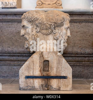 Rome. Italy. Double herm of Epicurus (left) and Metrodorus (right) in the Hall of the Philosophers, Capitoline Museums. Musei Capitolini. Double herm - Stock Photo