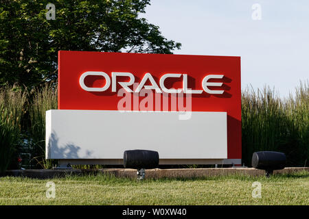 Deerfield - Circa June 2019: Oracle Corporation location. Oracle offers technology and cloud based solutions V - Stock Photo