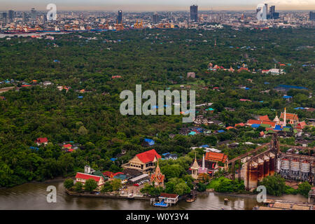 bangkok,Thailand - jun 26, 2019 : The view of the Chao Phraya River that sees the green area next to the river, which is called Bang Krachao, Beautifu - Stock Photo
