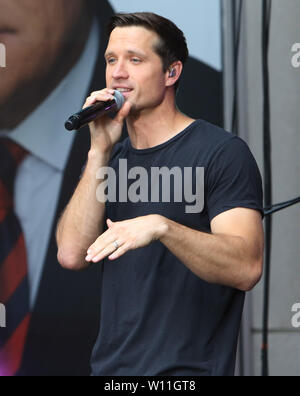 New Yokr, NY, USA. 28th June, 2019. Walker Hayes performs at FOX & Friends All-American Summer Concert Series in New York City on June 28, 2019. Credit: Rw/Media Punch/Alamy Live News - Stock Photo