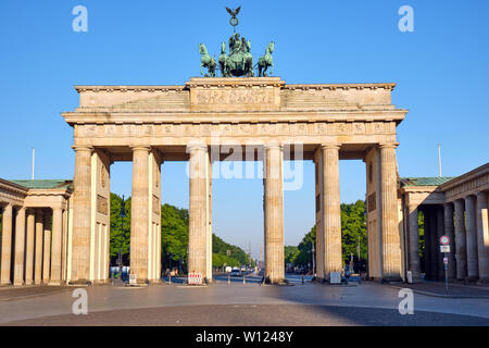 The Brandenburg Gate in Berlin early in the morning - Stock Photo